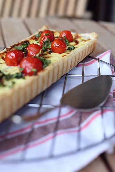Rezept Spargeltarte mit Ziegenfrischkäse und Ricotta und karamellisierten Tomaten