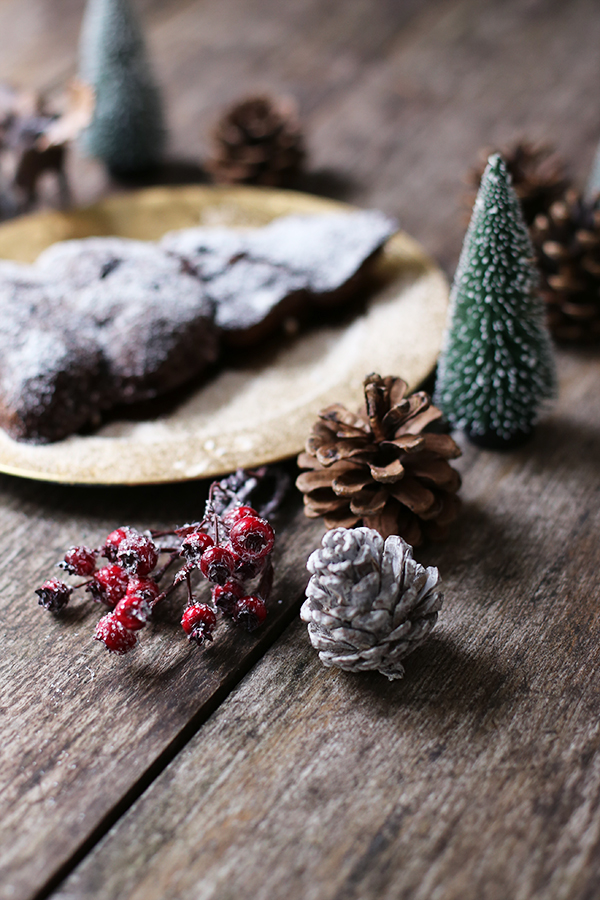 Weihnachtlicher Schokoladenkuchen mit Guiness