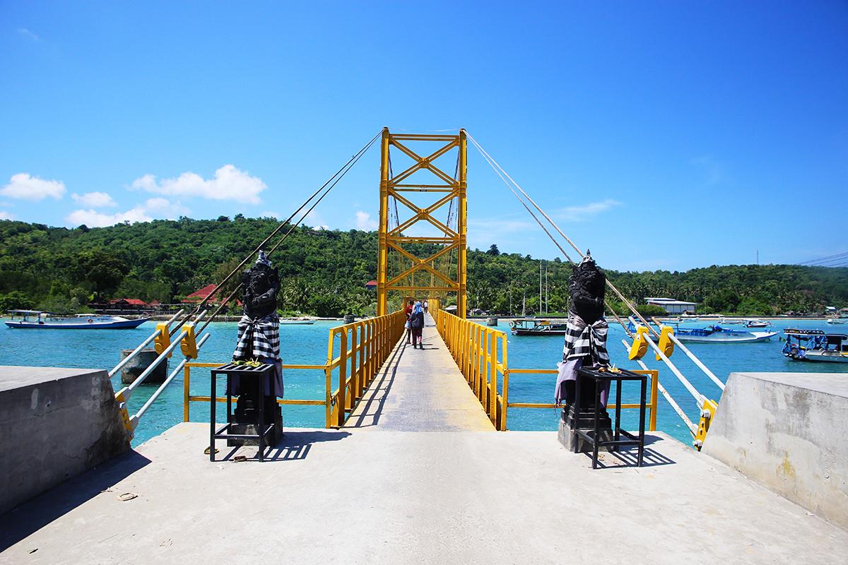 Bali Nusa Ceningan Nusa Lembongan Yellow Bridge